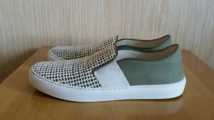 Authentic CHANEL Slip On Sneakers CC Logo Green Fabric Mesh Flat Shoes Size 39