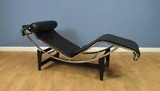 Mid Century Retro Modern Italian Black Leather Le Corbusier Style Chaise Longue