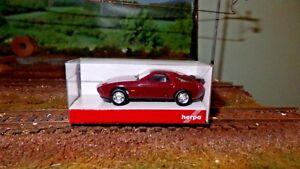 Herpa 23580 Porsche 928 S4 Burgundy H0 1/87