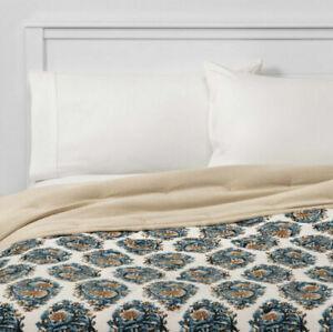 Threshold Cream Navy Blue Paisley Velvet Quilt Full/Queen Size - NEW