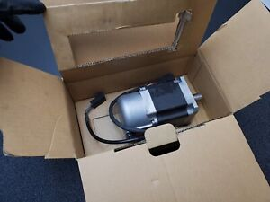 Automation Direct SVL-207 +0309326 AC Brushless Servo Motor 750W 200V Good Pull
