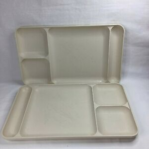 2 x Vintage Tupperware Off White Coloured TV Food Sectioned Trays No. 1535 2
