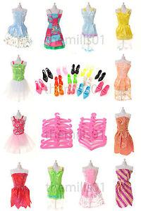 36 Pieces of Barbie Doll Dresses Clothes Shoes Bundle Royal Mail 1st postage