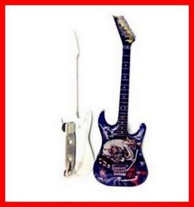 IRON MAIDEN - GUITAR MINIATURE BADGE ! Pin's Number of the Beast Hard Rock Metal