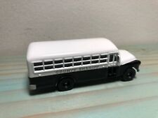 JOHNNY LIGHTNING - AMERICAN HEROES - 1956 CHEVY COUNTY SHERIFF BUS - TRANSPORT
