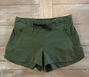 Athleta Shorts 10 Travel Stretch Athleisure Olive Green Pockets Womens