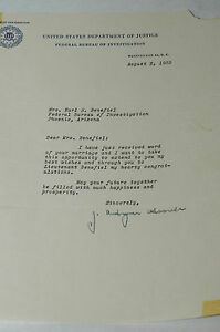 J. EDGAR HOOVER F.B.I. SIGNED 1955 LETTER AUTOGRAPH TO LT.BENEFIELD