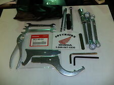 GENUINE HONDA VFR800 INTERCEPTOR TOOL KIT 2002-2005
