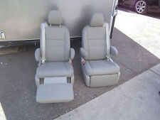 Toyota Sienna  set 2 Leather Bucket Seats Recliners light Tan / Beige Color