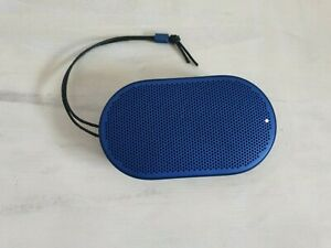 Bang & Olufsen B&O Beoplay P2 Bluetooth Lautsprecher Box royal blau