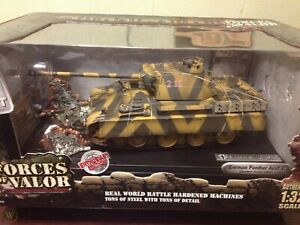 Forces Of Valor - 1:32 Forces of Valor German Panther Tank Eastern Front #80226