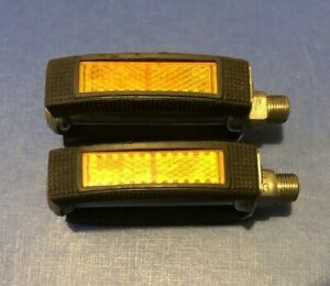 NEW OLD STOCK VINTAGE 1970/80's UNION RUBBER BLOCK PEDALS WITH REFLECTORS