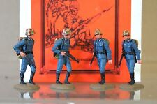 MARIELA MINIATURES WWII GERMAN INFANTRY SOLDIERS WALKING MINT BOXED 2 my