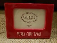 """New RAE DUNN Holiday Red w Ivory LL """"MERRY CHRISTMAS"""" Photo Frame (4"""" x 6"""")"""