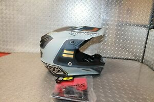 Troy Lee Designs SE4 Composite Flash Helmet Size XL Gray Silver New 101792015