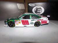 1/24 DALE EARNHARDT JR #88 AMP ENERGY / MT. DEW ELITE 2008 ACTION NASCAR DIECAST