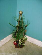 """19""""  MODERN METAL ART DECO  CHRISTMAS TREE METAL OBELISK  TYPE TREE"""