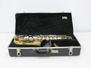Selmer Company Bundy II Saxophone with Carrying Case