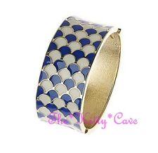 Wide Enamel Concave Scales Design Geometric Contrast Hinged Bangle Bracelet Cuff