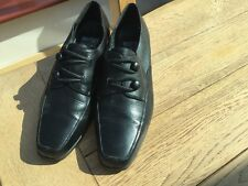 BLACK LEATHER MOOTSIES TOOTSIES SHOES IN A SIZE 5.5/38.5/WORN/GOOD CONDITION