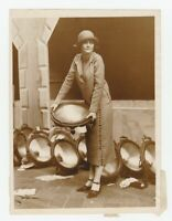 1920s NYC Press Photo Helen Jenkins Society Girl Helps w PARK AVENUE Street Fair