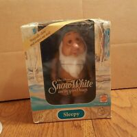NEW in Box - Mattel Disney Snow White and the Seven Dwarfs SLEEPY 1992