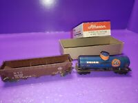 AS IS ASSORTED HO SCALE Metal RAILCAR LOT ALL NEED LIGHT RESTORATION SERVICING