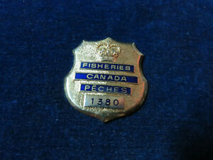 """Orig Antique Obsolete Badge """"Canada Fisheries - Peches"""" # 1380 William Scully"""