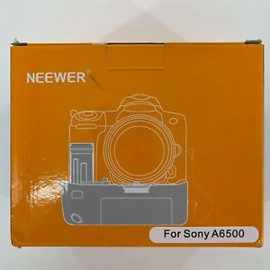 Neewer 2.4G Vertical Battery Grip for Sony A6500 Cameras