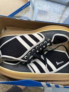 Fondos Admirable secundario  adidas Vespa Athletic Shoes for Men for Sale | Authenticity Guaranteed |  eBay