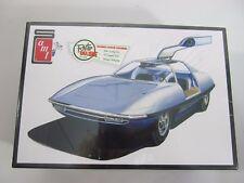 AMT Piranha CRV Super Spy Car 1:25 Scale Model Car Kit AMT900