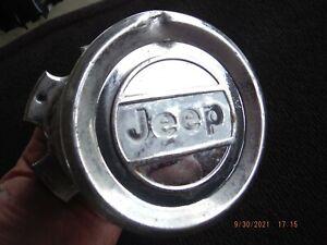 87 88 89 90 91 Jeep Grand Wagooner J series pickup alloy wheel center cap
