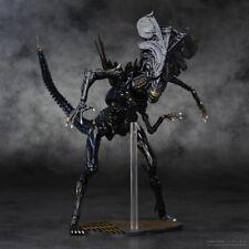 AVP Aliens vs Predator Kaiyodo Revoltech 018 Queen PVC Action Figure Toy 6 inch