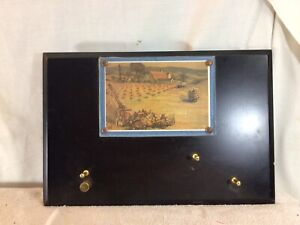 Nice Wood Key Rack On Wooden Wall Hanging Plaque W/Country Farm Picture pre-own