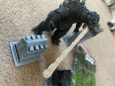Neca godzilla with buildings and tree pack