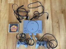 Playstation 1 / Ps1 - Konsole + 2 Original Controller + Alle Kabel + 1 Spiel