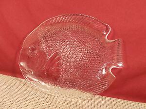 "Cristal d'Arques Crystal Fish Pattern Dinner Plate 10"" x 8 3/8"""