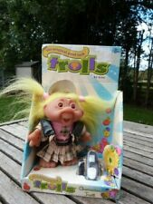 LOVELY VINTAGE DAM TROLL & ACCESSORIES IN BOX (B)