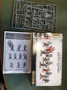 Age of Sigmar - GRAVE GUARD - on sprue but NOT COMPLETE BOX SET. Warhammer.