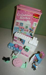 Lego Duplo #2551 - Grandma's Kitchen (1992) w/ box