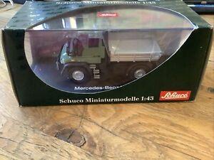 Schuco 1:43 Mercedes-Benz Unimog U300 mit Ladefläche in OVP MIB 04641