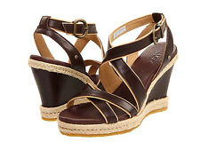 UGG Women`s Isabella Wedge Sandal Brown leather ankle strap US 8 UK 6,5 EU 39
