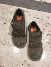 Womens NWOT Rocket Dog Suede Shoes Olive Green Sz 9