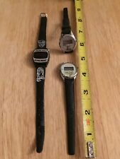 3-Original Vintage Texas Instruments-Yoda-Ewoks-Di gital Star Wars Watch Lot Of