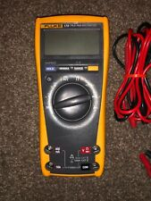 Fluke 179 True RMS Digital Multimeter NEAR MINT Condition. Used.