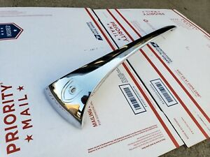 NICE OEM ORIGINAL GENUINE PORSCHE 356B 356C 356SC HOOD HANDLE  HUF