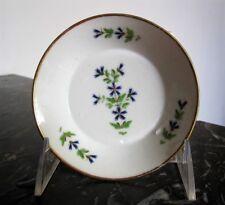 1 petite assiette 11 cm en porcelaine aux Barbeaux XVIII / XIXe - ( Darte)