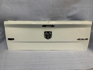 Used DODGE RAM 1500 TAILGATE Fits 2009-2018 (No Shipping )