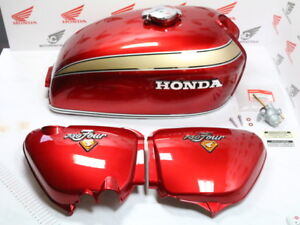 Honda CB 750 Four K2 Paint Set Candy Ruby Red Tank + Side Cover + Attachment