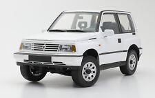 1:18 Suzuki Vitara / Escudo 1989 Diecast Model LHD Version DORLOP White